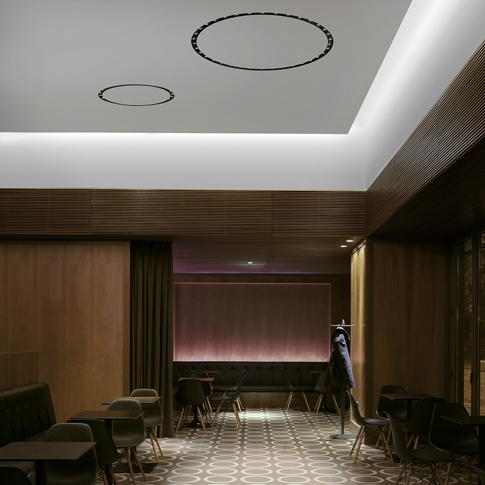 Circle of light recessed 12 light set by flos architectural in canada 294505 aloadofball Image collections