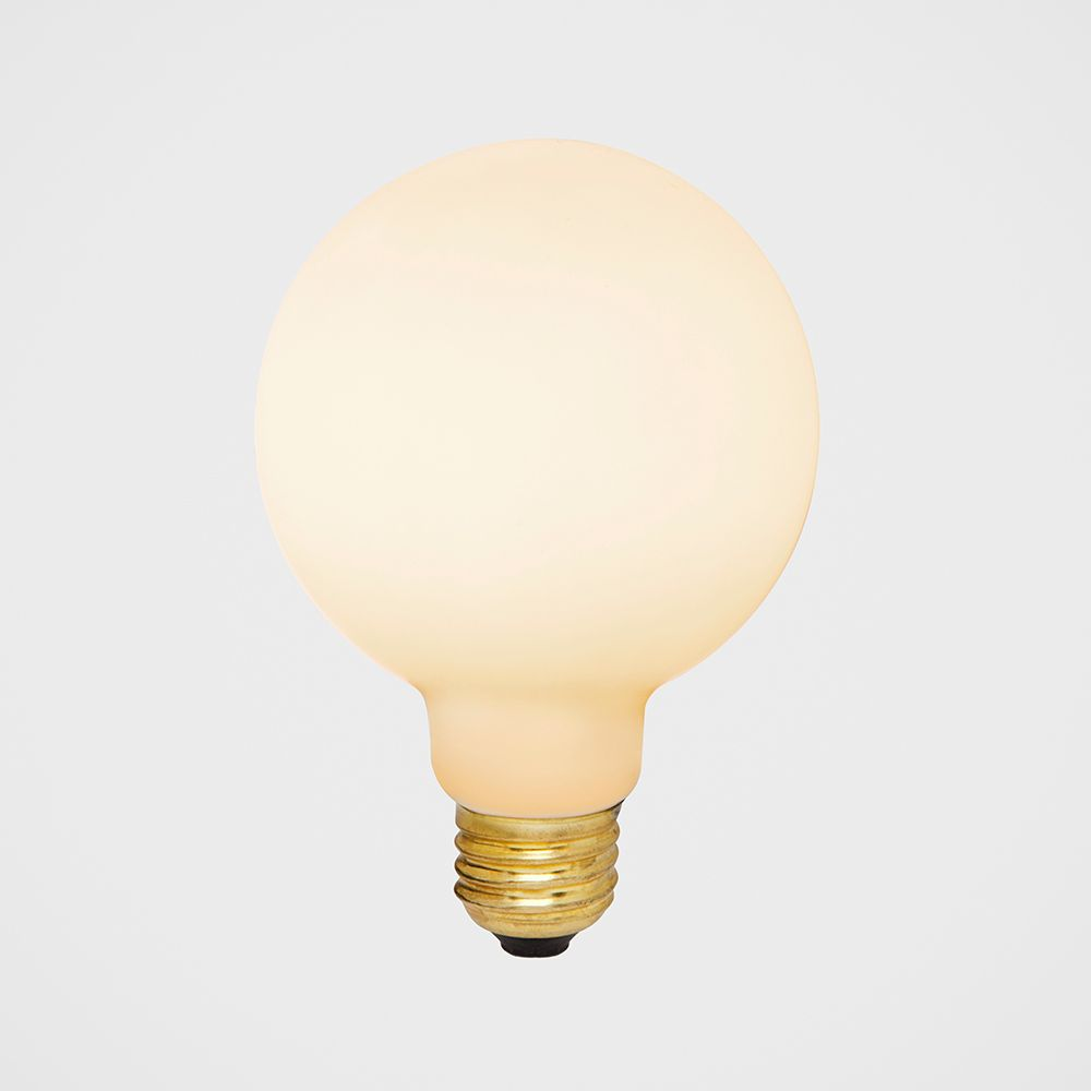 Porcelain II 6W LED Bulb