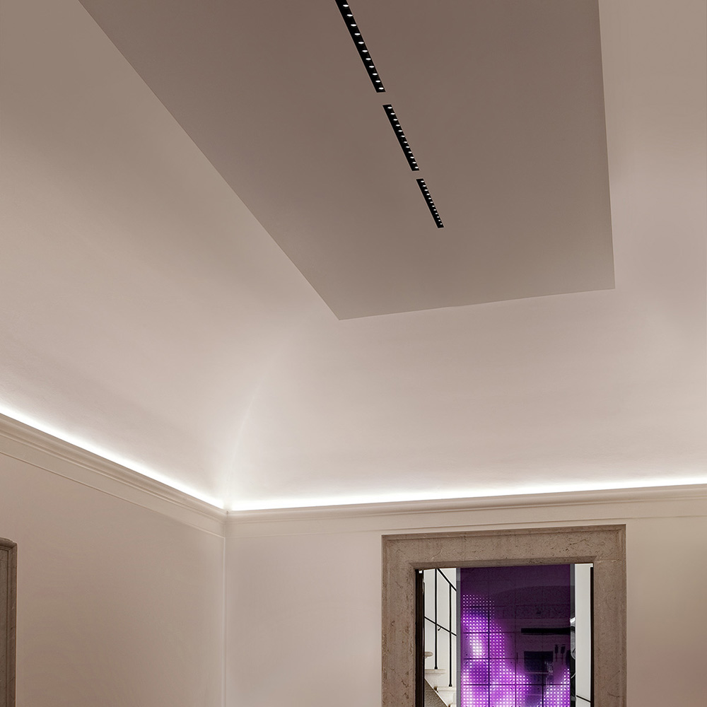 The black line recessed trimless 146 by flos architectural in canada 110245 aloadofball Choice Image